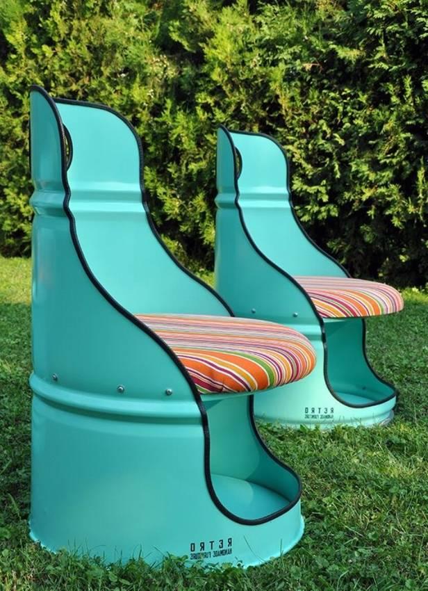 Кресло из металлической бочки