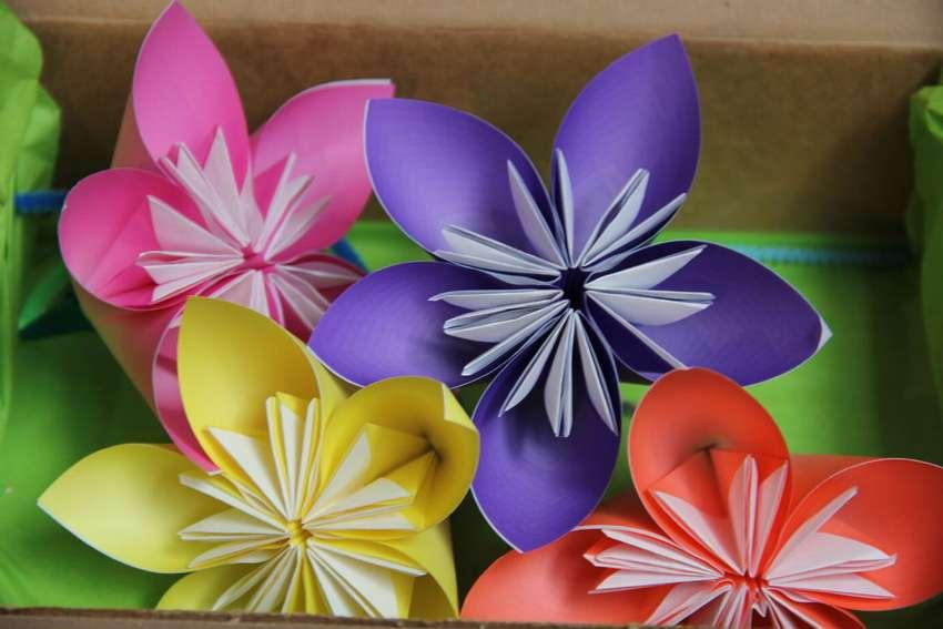 картинки про цветы из бумаги последнее время
