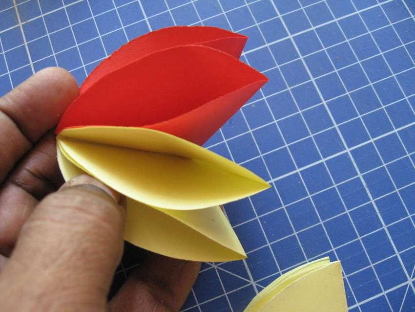 декоративный цветок из бумаги своими руками