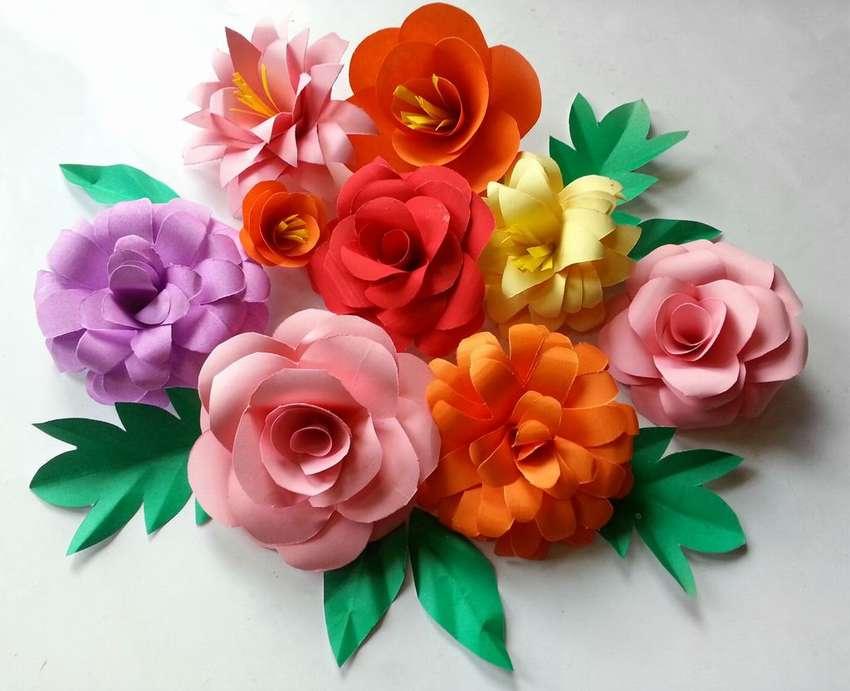 как сделать объемные цветы из цветной бумаги