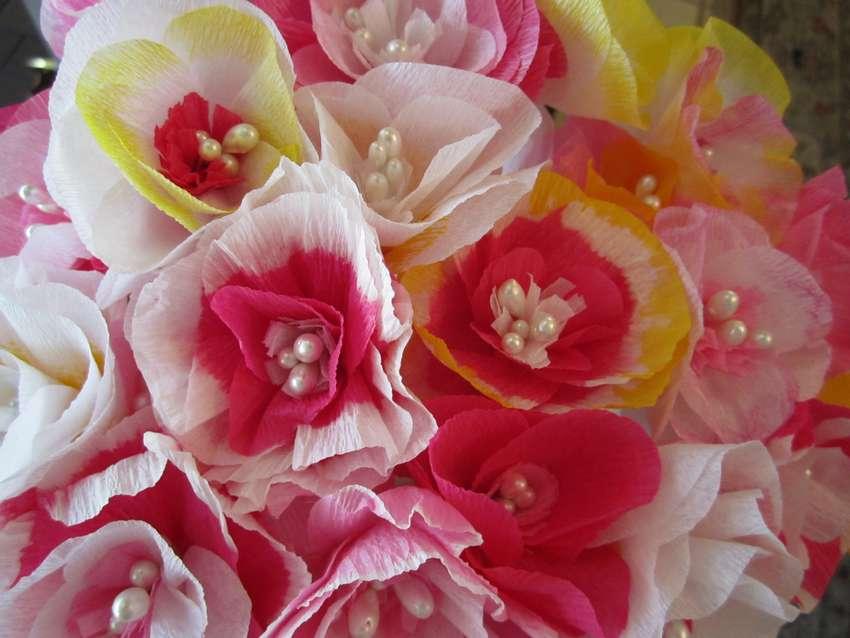 цветы из цветной гофрированной бумаги