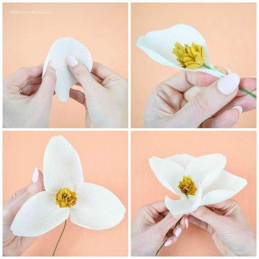 цветок из креповой бумаги своими руками