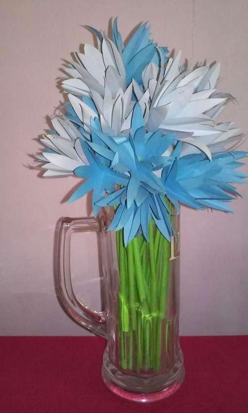 как легко сделать цветы из бумаги