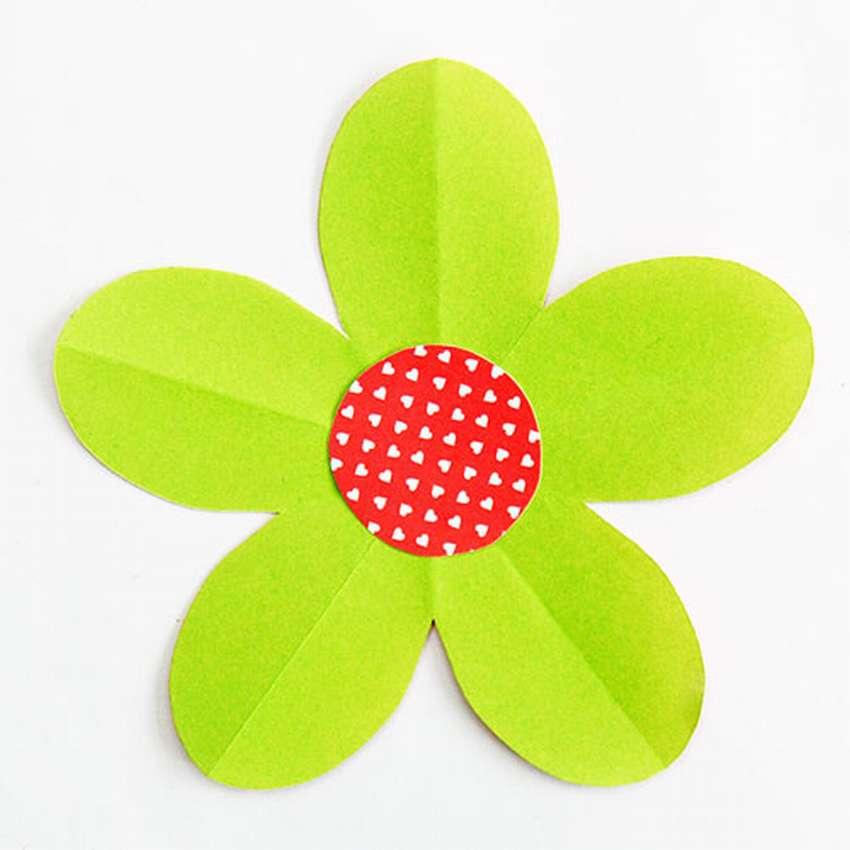 цветок из бумаги на 5 лепестков