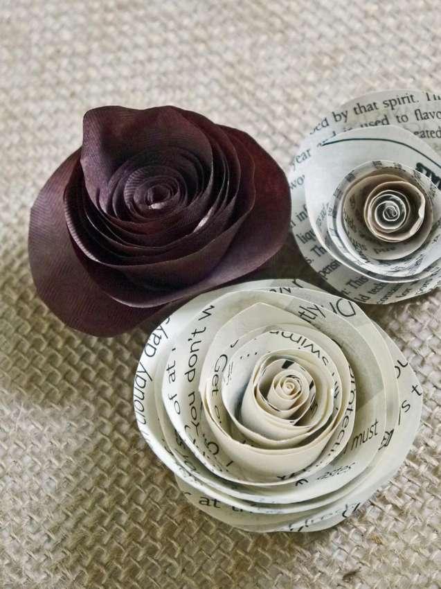 как сделать бумажные розы из книжных страниц