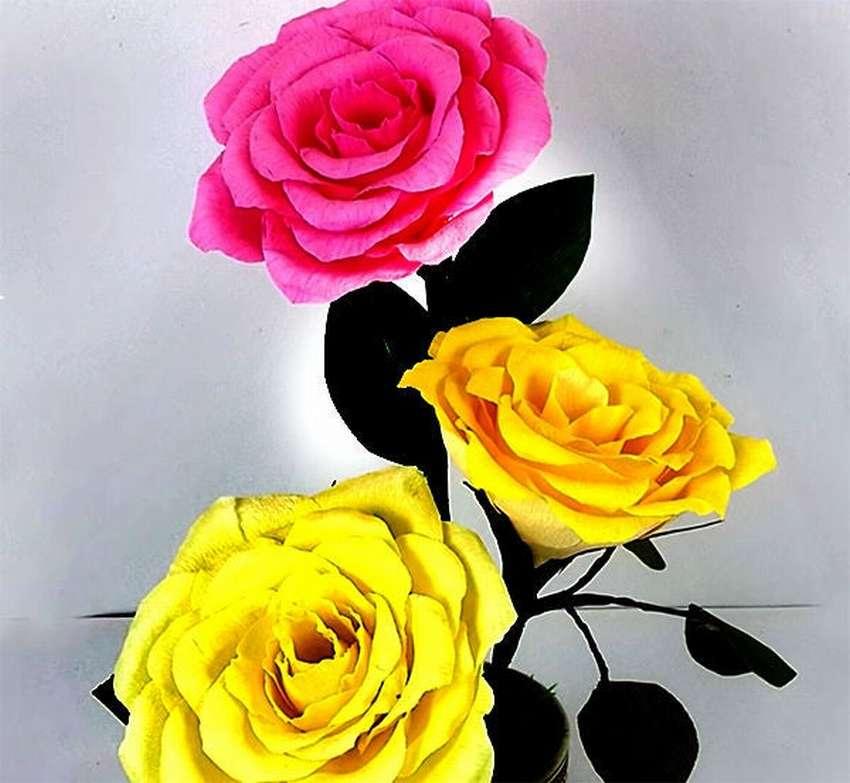ваза с розами из бумаги