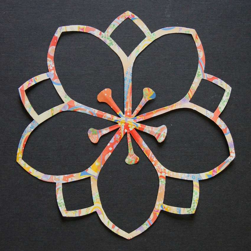 цветы сакуры киригами