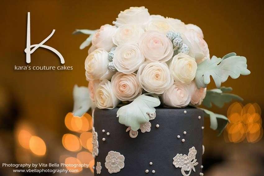 букет цветов из вафельной бумаги