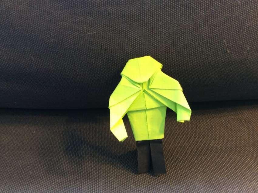 как сделать человека из бумаги оригами