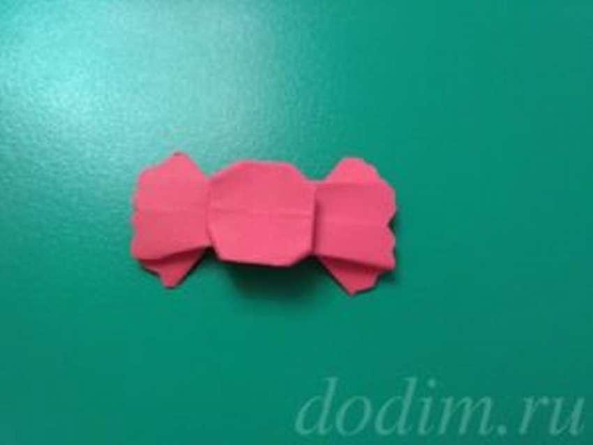 простая оригами конфета