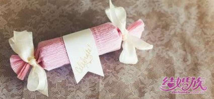 конфета подарок из гофрированной бумаги