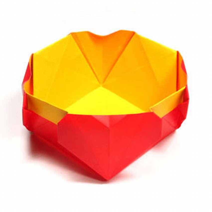 коробочка конфет оригами