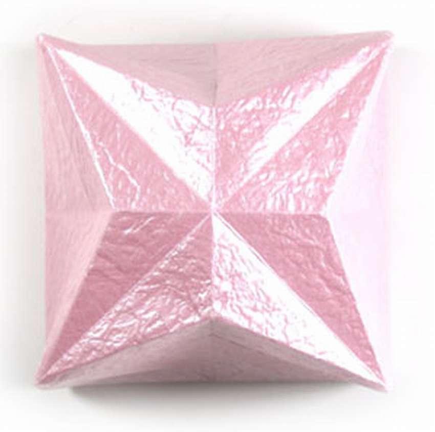 закрытую коробку оригами для конфет