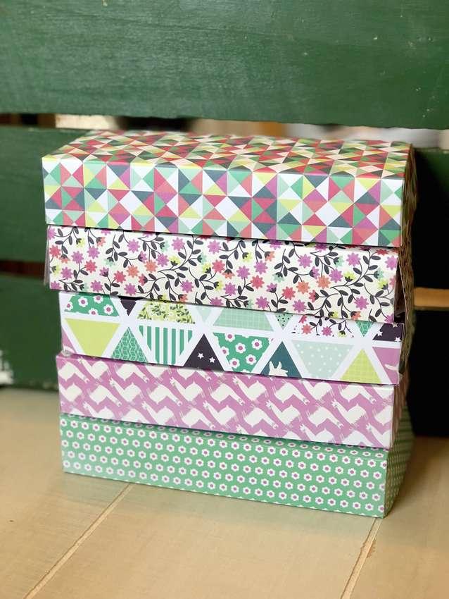 подарочная коробочка из бумаги