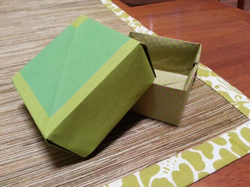 как сделать коробку из бумаги с крышкой