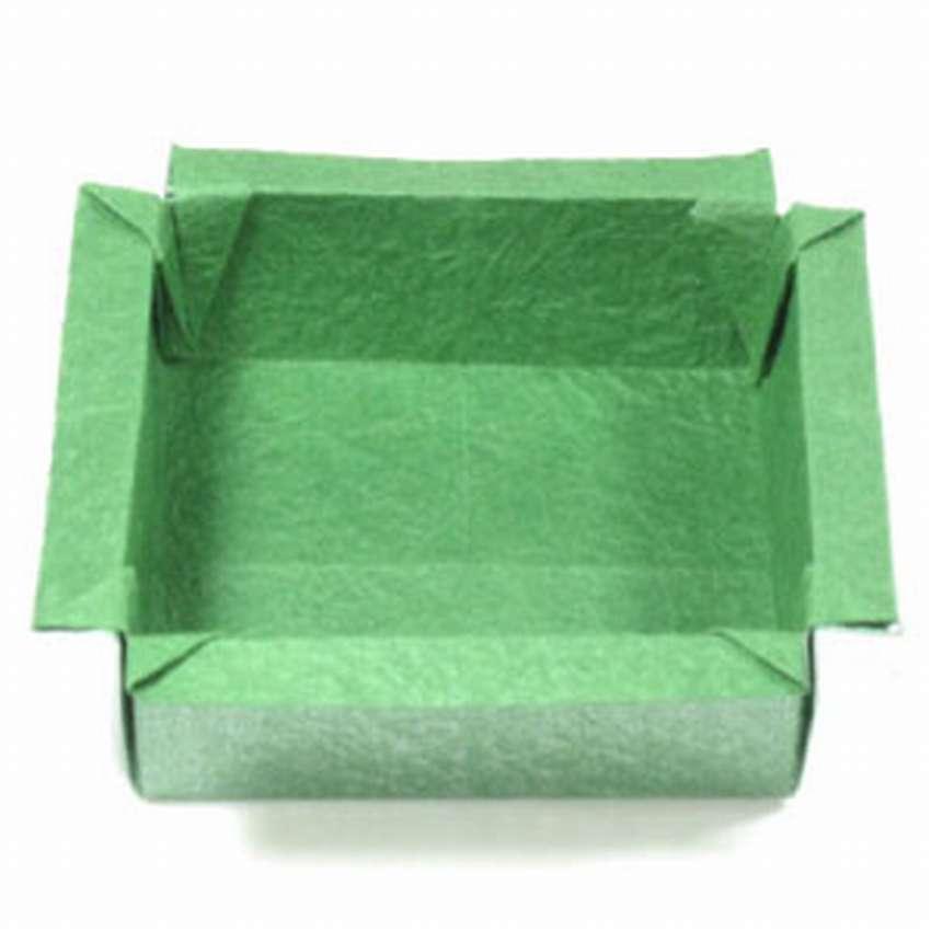 квадратную коробку оригами