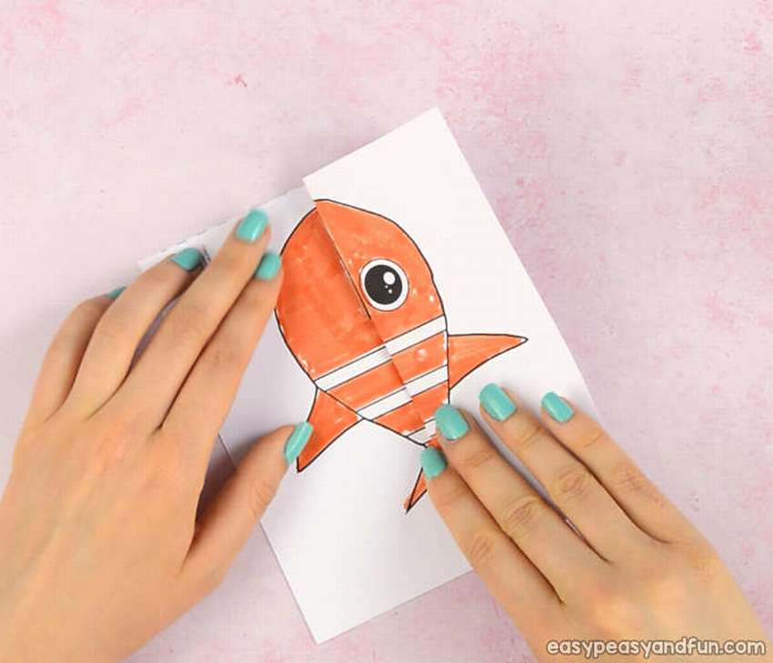 морской рисунок гармошка или поделка голодная рыбка подруг