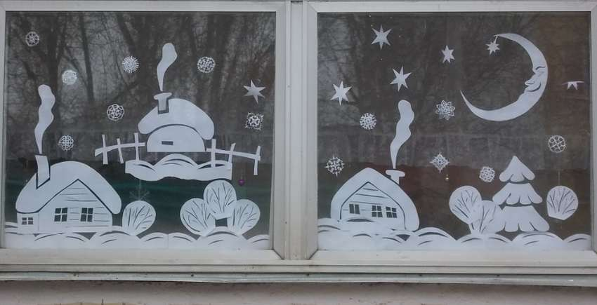 зимний пейзаж из бумаги на окно