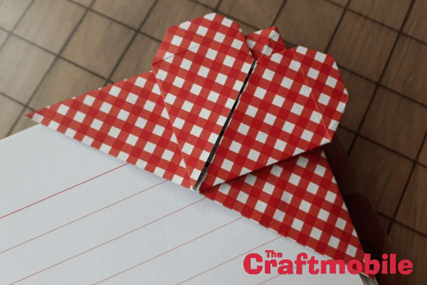 закладки оригами сердечки