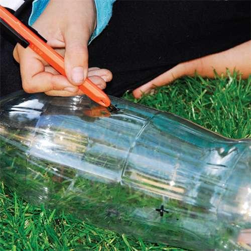 ake11_thumb Кормушка для птиц из пластиковой бутылки