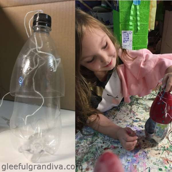 кормушка для птиц детскими руками из бутылки