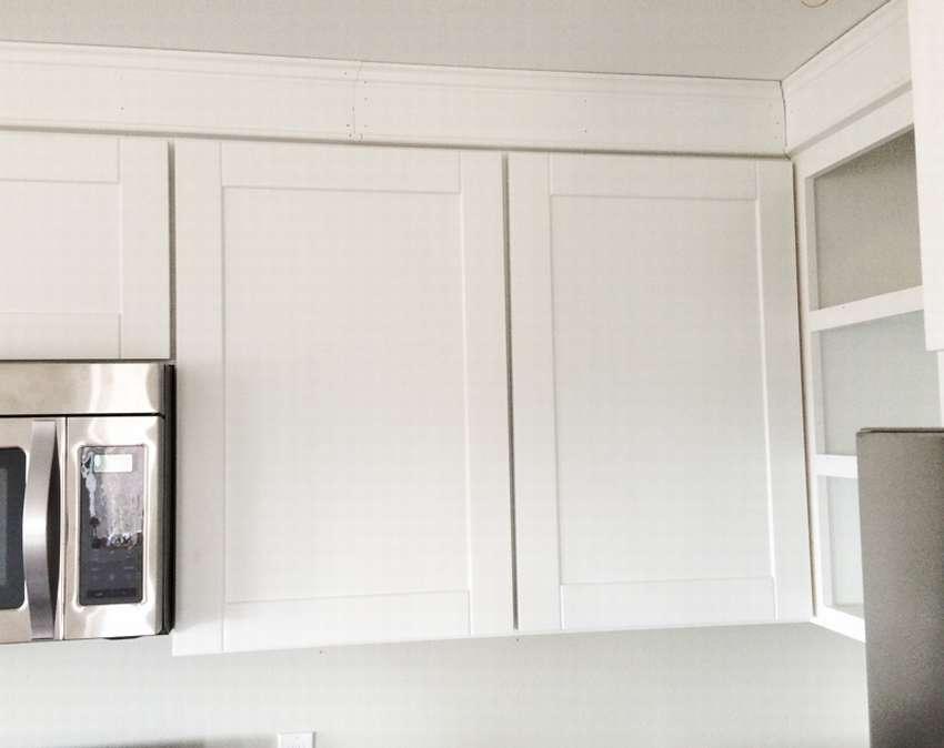 навесной шкаф для кухни с дверцами
