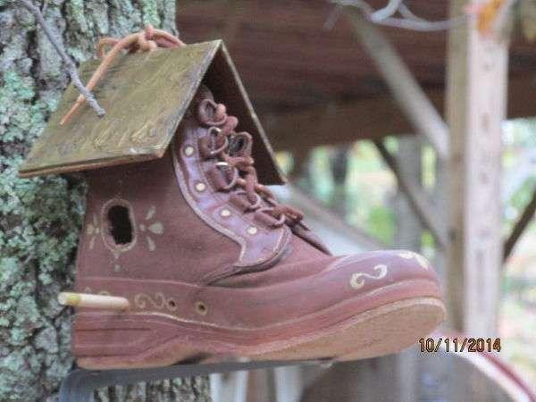 скворечник из обуви