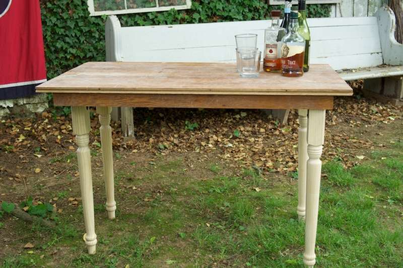 переносной деревянный стол для дачи