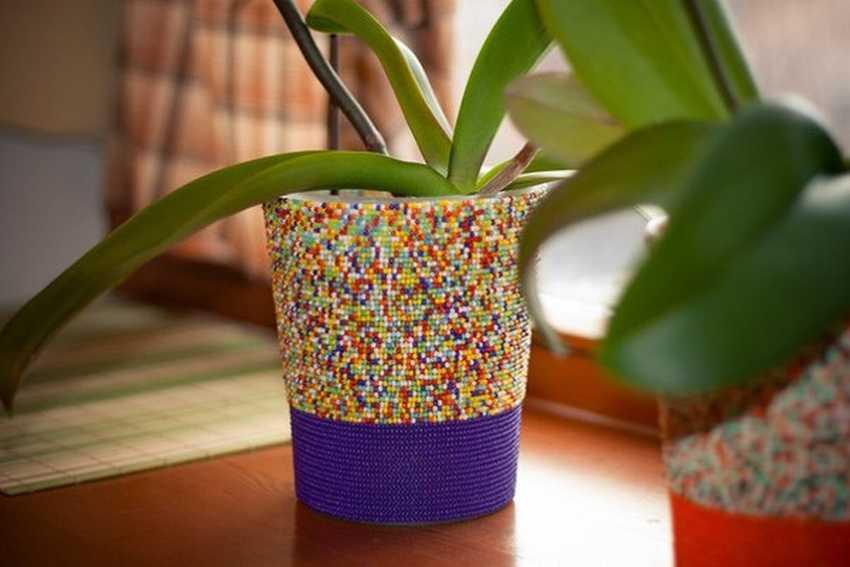 выборе прожектора украшение цветочных горшков бисером фото должности