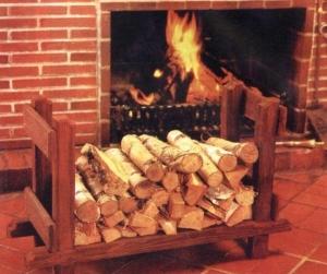 Изготовление переноски для дров своими руками: виды конструкций и фото