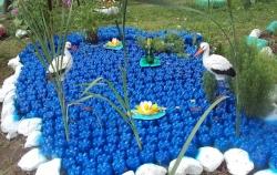 Что можно сделать из пластиковых бутылок для дачи и сада