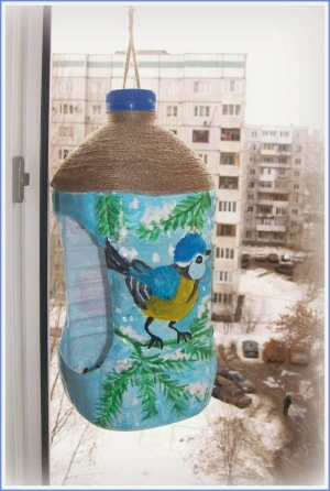 Кормушка в садик своими руками из бутылки